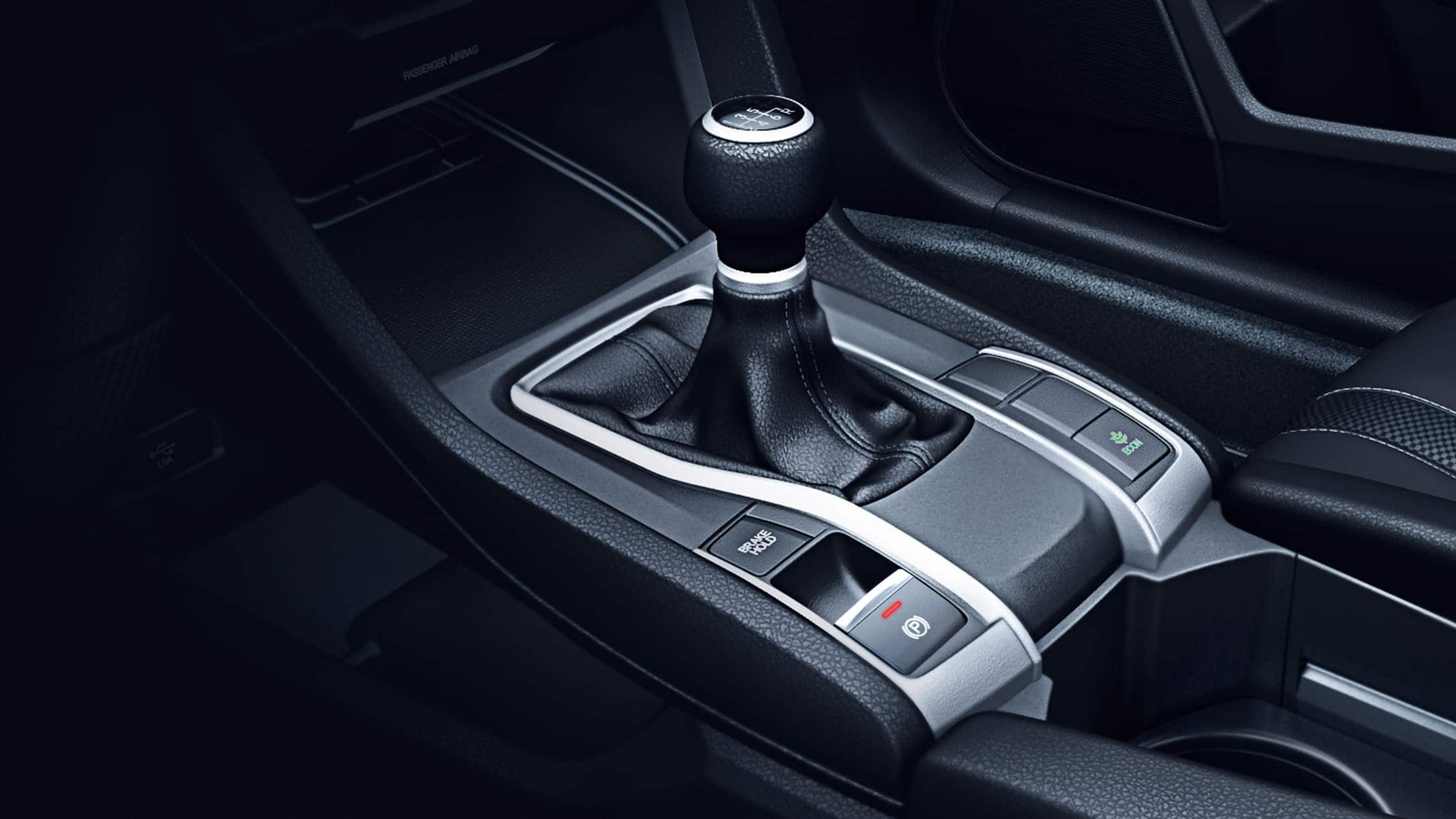 6-speed manual transmission shifter detail in the 2020 Honda Civic LX Sedan.